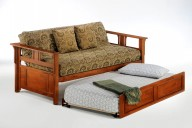 Teddy R Daybed Cherry w Trundle opened
