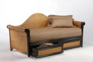Rosebud Daybed w drawer open (HG)