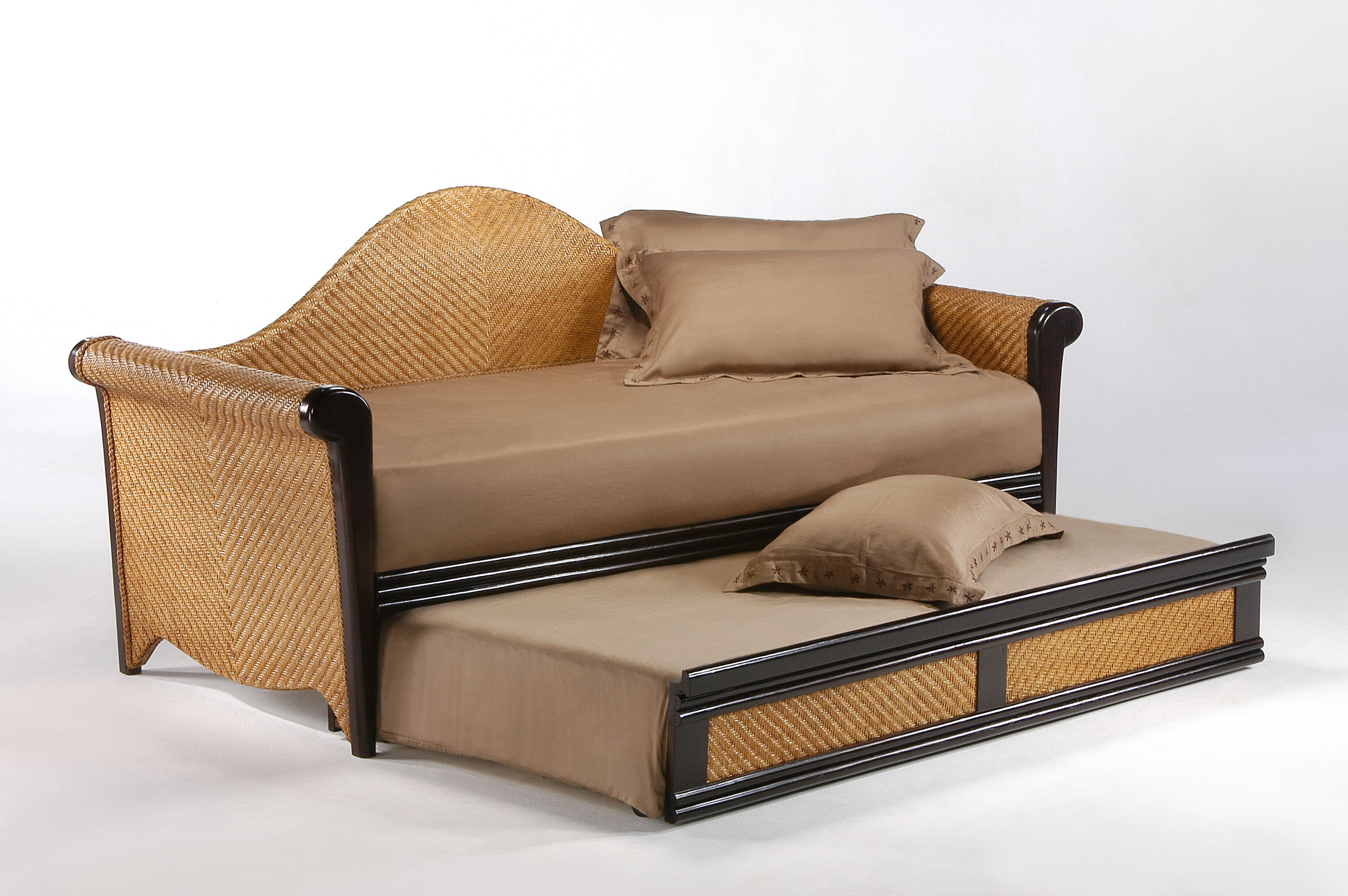 Rosebud daybed frame iowa city futon shop for Daybed with trundle